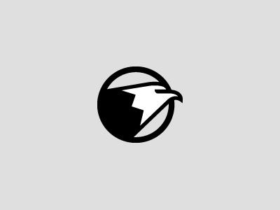 Eagle Head logo eagle head school