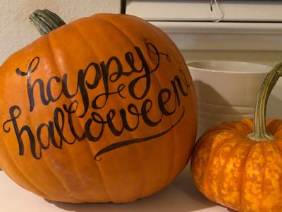Trick or treat tombow brushpen handlettering calligraphy pumpkin halloween