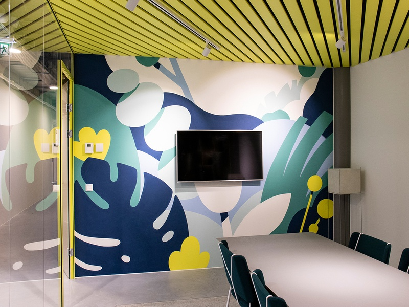 Mural at in60seconds amsterdam floral wallart office mural interaction design mural wallpainting drawing illustration