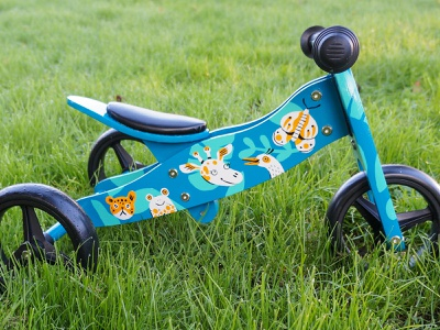Handpainted bike pattern happy animals custom painting doodle character linedrawing drawing illustration