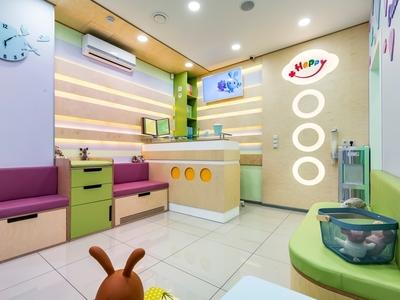 Kids medical center branding
