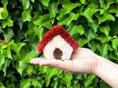 049 🏠 house handmade yarn pom-pom the100dayproject