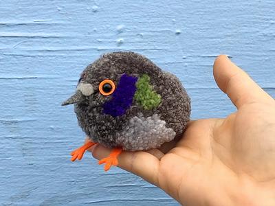 Pigeon Pom-Pom sculpture bird pigeon yarn pom-pom the100dayproject handmade