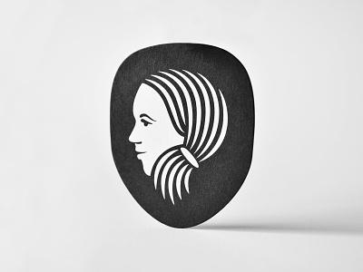 Zerelda bold strong girl beautiful women hear graphic design freelance illustration clever simple black and white symbol minimal head icon design branding logo