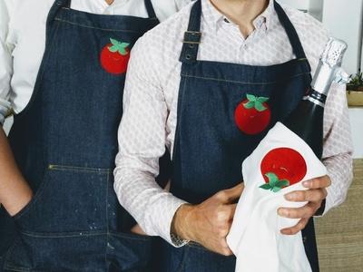 Pona branded aprons food apron logo