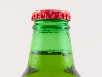 Bottle Photo in studio lights