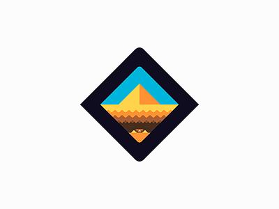 Desert treasure chest gold exploration slice pyramid sand desert