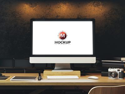 Free Designer Workplace Website Mockup 2018