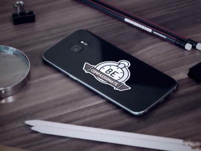 FREE Mock-up! Samsung - Sticker modern gift freebie mobile photo free mockup compass phone