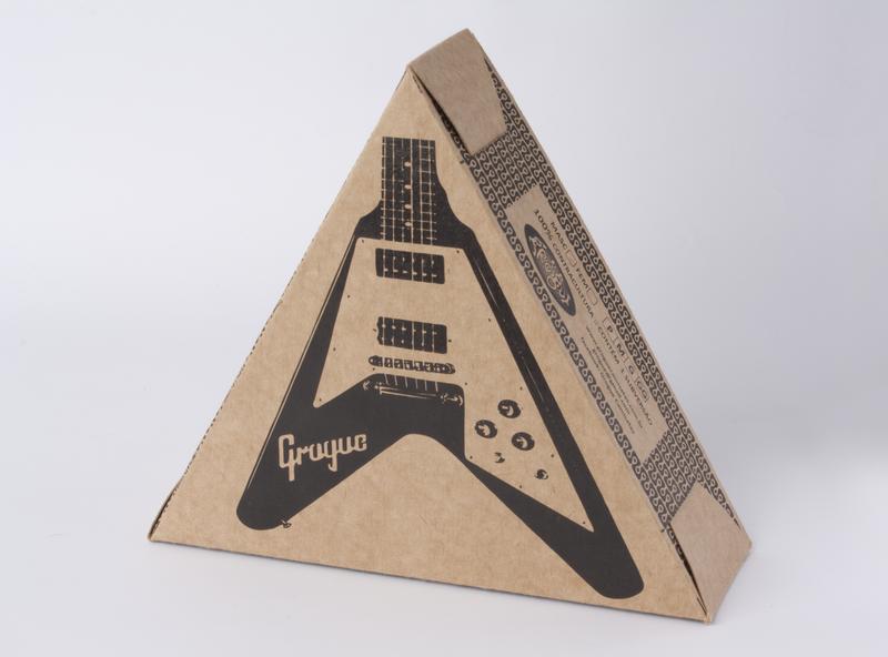 Grogue - Electric guitar illustration photography packaging mockup design