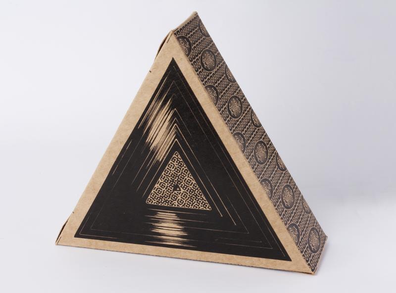 Grogue - Vinyl disc photography packaging illustration mockup design