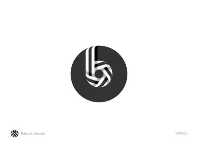 The B Mark Wordmark Logo Idea For Beats By Dre By Satriyo Atmojo