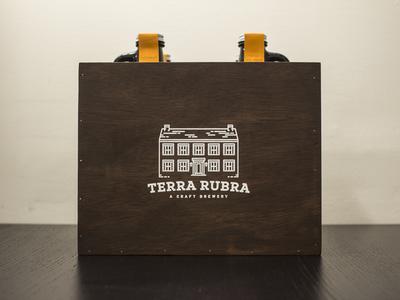 Terra Rubra Crate