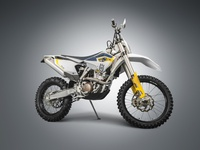 Moto 44