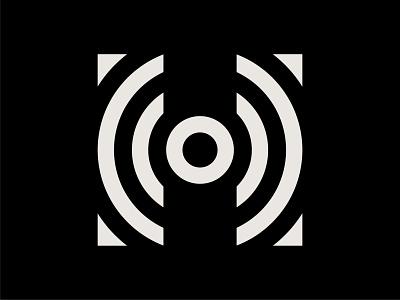 H Lettermark trademark symbol logo capital letter capital letters branding logomark logo mark gestalt circle design circle logo circle letter mark logos letterlogo letter logo letter h letter mark lettermark letter h letter h logo