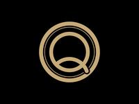 Qualtrics: Gold Society Logo