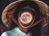 The Girl With That Spreaks With The Moon