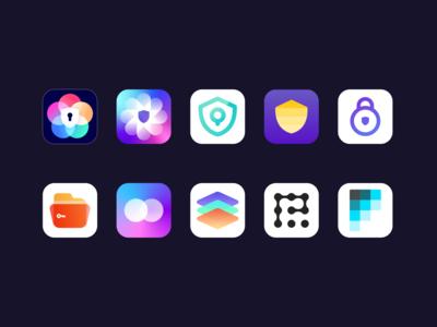 Design for a photo vault application