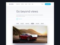 Responsive website header for desktop