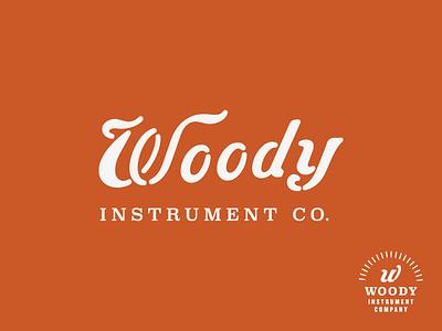Woody clarendon luthier guitar dulcimer