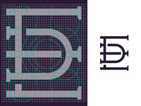 DE monogram grid.