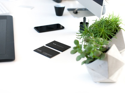 hirth. Designbüro business cards corporate design print. business workspace black design logo visitenkarten business cards