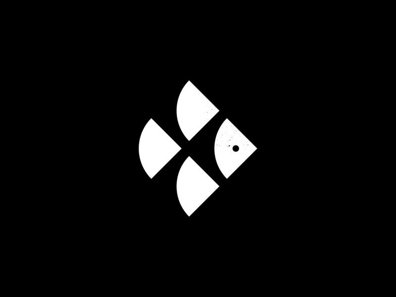 TT Monogram — Fish