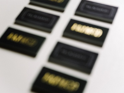 Styling styling business cards gold foil