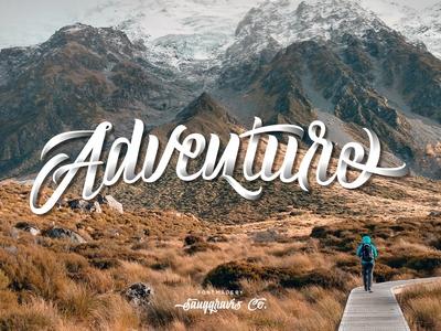 Adventure - Parlente Script Font