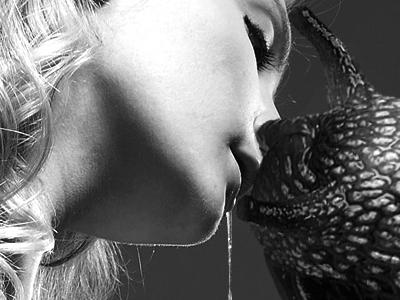 Kiss dribble