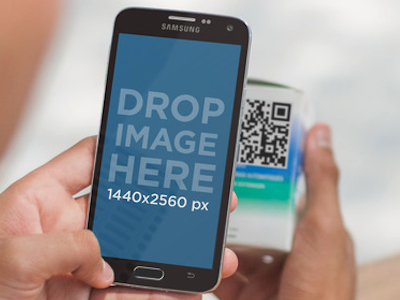 Android Mockup of a Teenager Scanning a QR Code by Placeit
