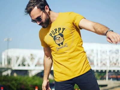 PUPPY logo with t-shirt