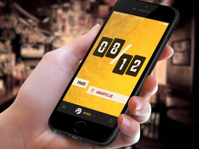 Les Demi-Pixels App - Teaser hand iphone rennes brest demipix beer afterwork app
