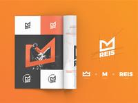Minimalist Logo REIS