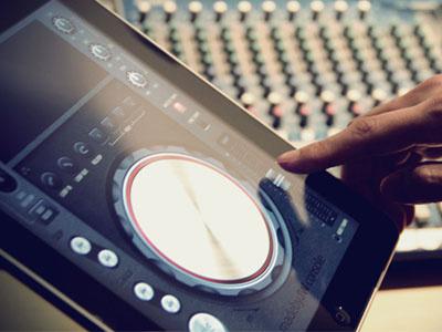 DJ Console pioneer dj console ui