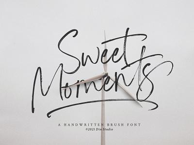 Sweet Moments - Handwritten brush font