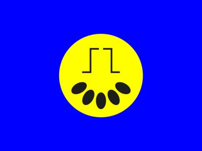 Smile alien concept round face logo sign sign design abstract vector geometric design minimal smile