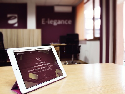 Hello, its us! portfolio responsive workspace desk ipad design e-legance office elegance
