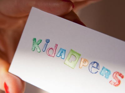 KIDAPPERS / Identity