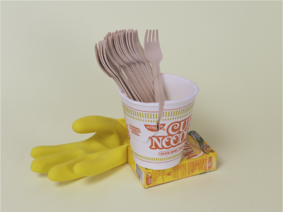 Give me a hand with my noodles.