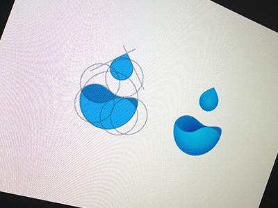 WaterDrop water drop logo seven