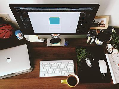 Home workspace workspace seven mac coffee dribbble am op