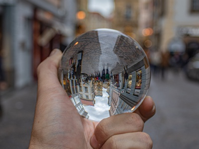 Different Point of view photoshop photographer canon lightroom crystal ball photography creative