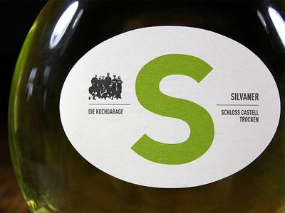 "Wine labels for ""die Kochgarage"""
