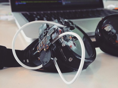 Techno-Goggles diy steampunk junk robot wars camera ssd circuit boards wires iphone they do nothing ze goggles goggles