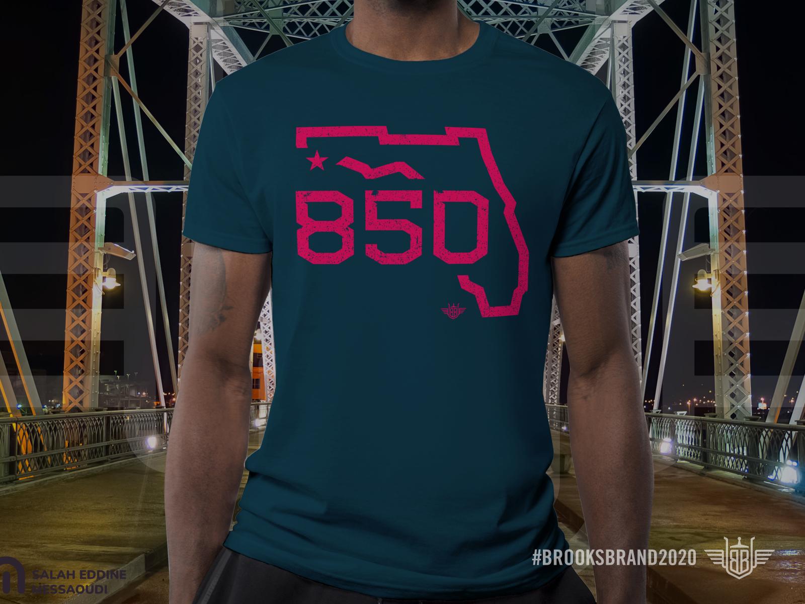 850 t shirt mockup