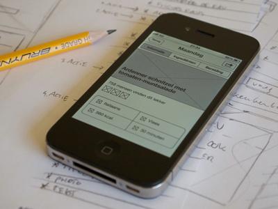 Sketching and Wireframing Recipe App wireframe weekmenu iphone ios app recipe black white sketch