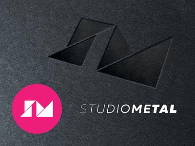 Studio Metal tangram triangle shape geometric icon logo