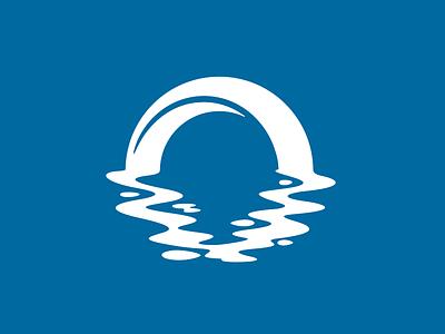 Seagate logo arch sea reflection circle water ocean gate