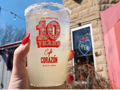 Cafe Corazon pint glass design